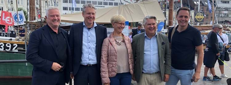 From left: Owe Hagesæther from GCE Ocean Technology, Roger Martinsen from Innovation Norway, Anne Grete Ellingsen from GCE Node, Kolbjørn Andreassen from Norsk olje & gass and Preben Strøm from Energy Valley.